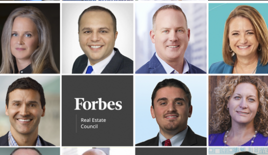 Grid of business peoples' faces